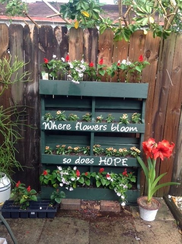 16 Things You Can Do With Recycled Pallets 13