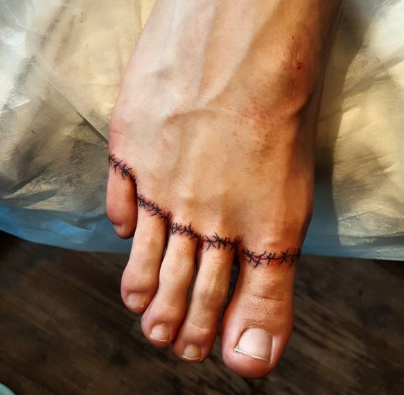 Toe Tattoos
