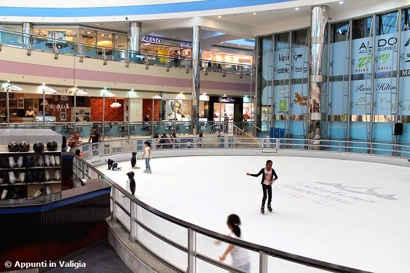cosa-vedere-abu-dhabi-marina-mall-pista-pattinaggio