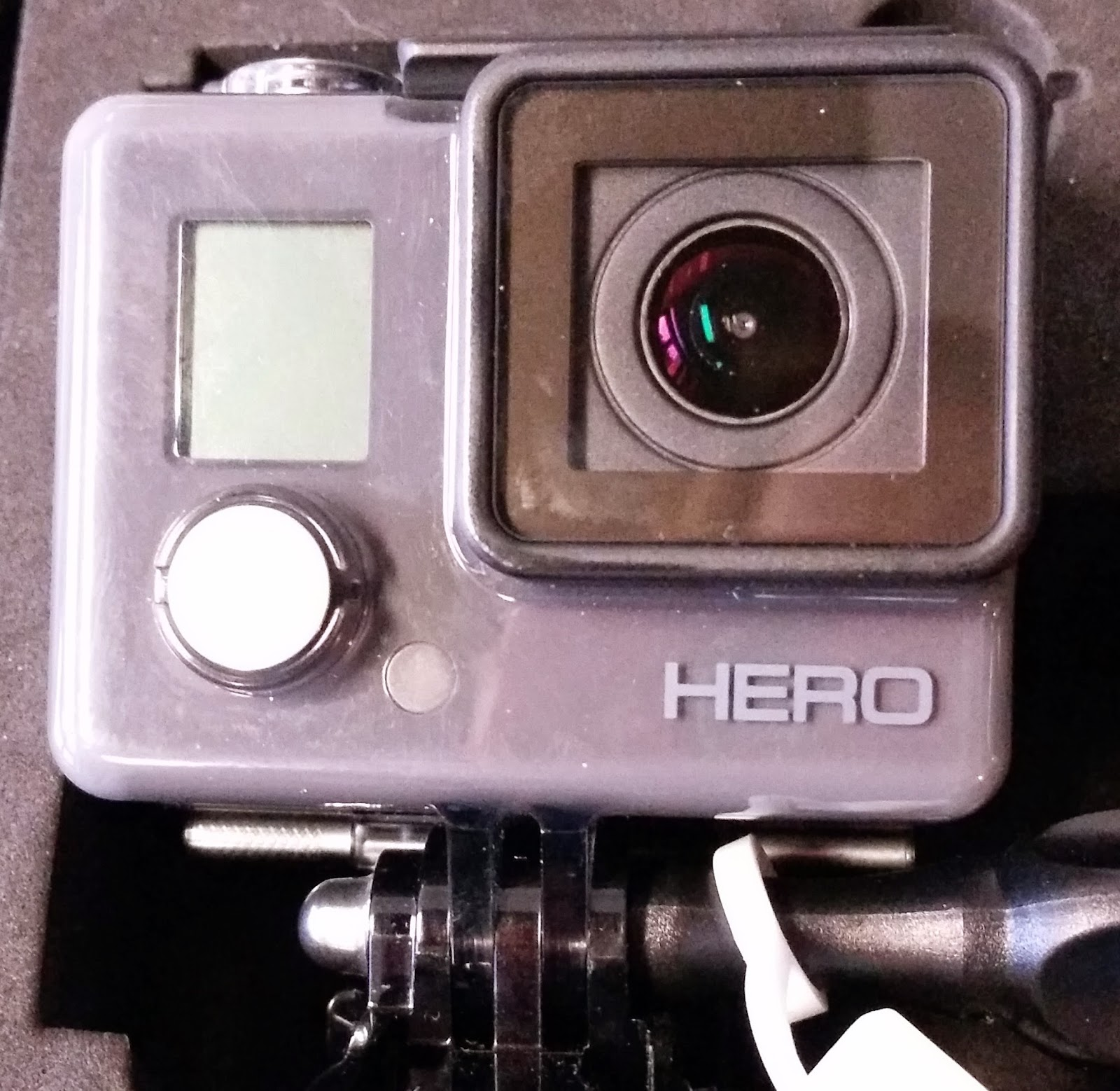 A Public Universe Action Cam Review Gopro Hero Vs Clone Of Hd Camera While I Was Looking For Less Expensive Accessories Kept Seeing Clones The Sjcam Makes That Is Similar In Price To But Has Features