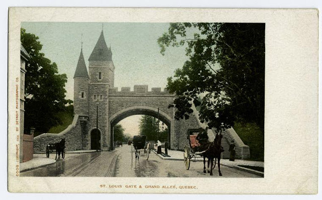 St Louis Gate and Grand Allee