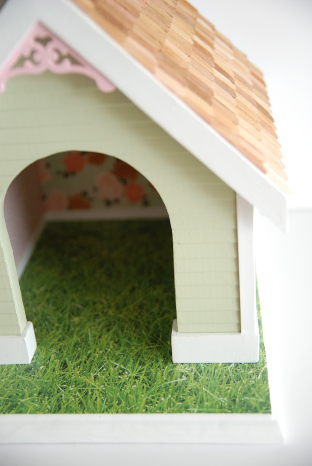 cottage style dog house | scrapbook wallpaper | Rambling Renovators