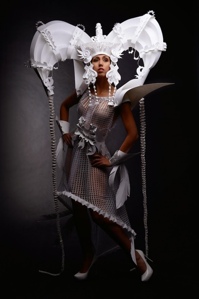 05-Paper-Costume-Asya-Kozina-Paper-Clothing-and-Dolls-www-designstack-co