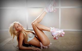 Naughty Girl - Lindsay%2BMarie-S03-003.jpg