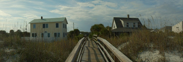 Accesos a la playa