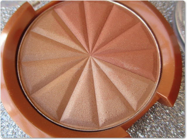 Broncer SunShimmer 001 Gold Princess de Rimmel
