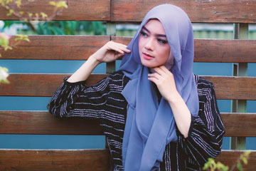 5 Langkah Sederhana Mengenakan Hijab Pashmina