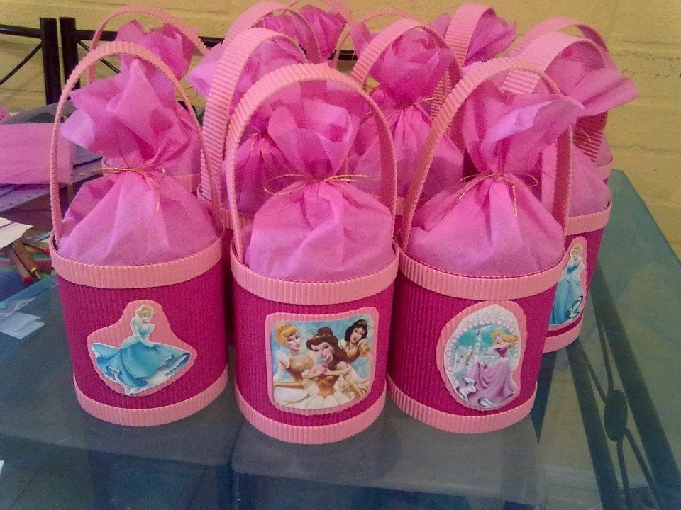 Ideas para tus fiestas tematicas decoraci n princesas bebes - Vasos para cumpleanos infantiles ...