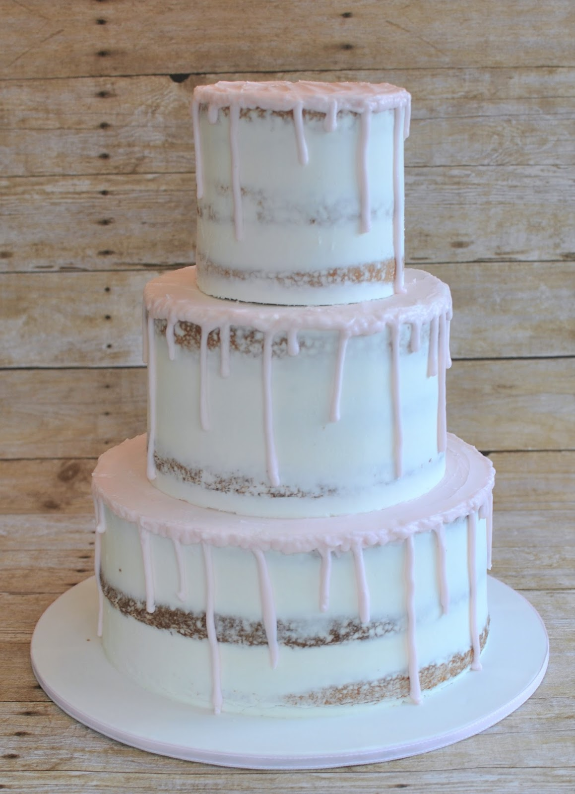 How Long Does Buttercream Last In A Cake