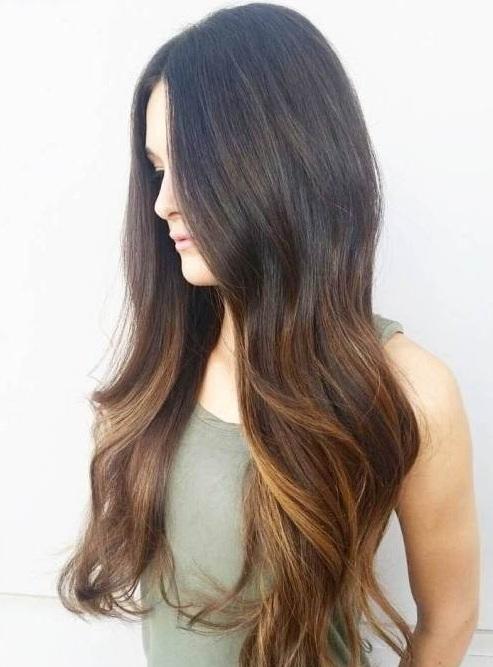Balayage pelo corto \u2013 ¿a qué parece? Un bob entrecortado, largos, cortos o en algún lugar en el medio, es uno de los peinados más populares,