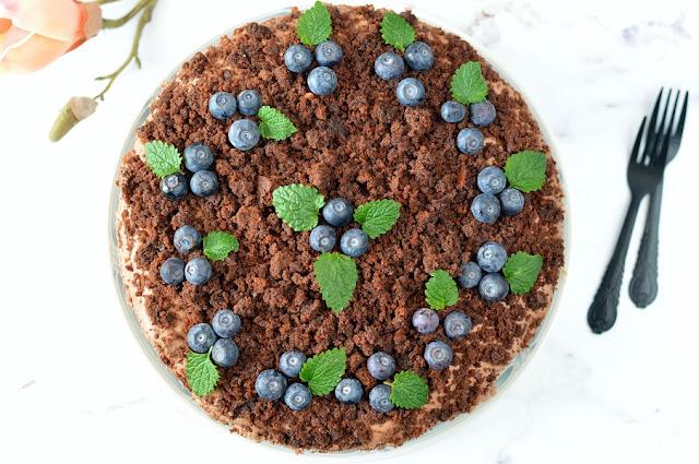 Csokoládés túrókrémes torta