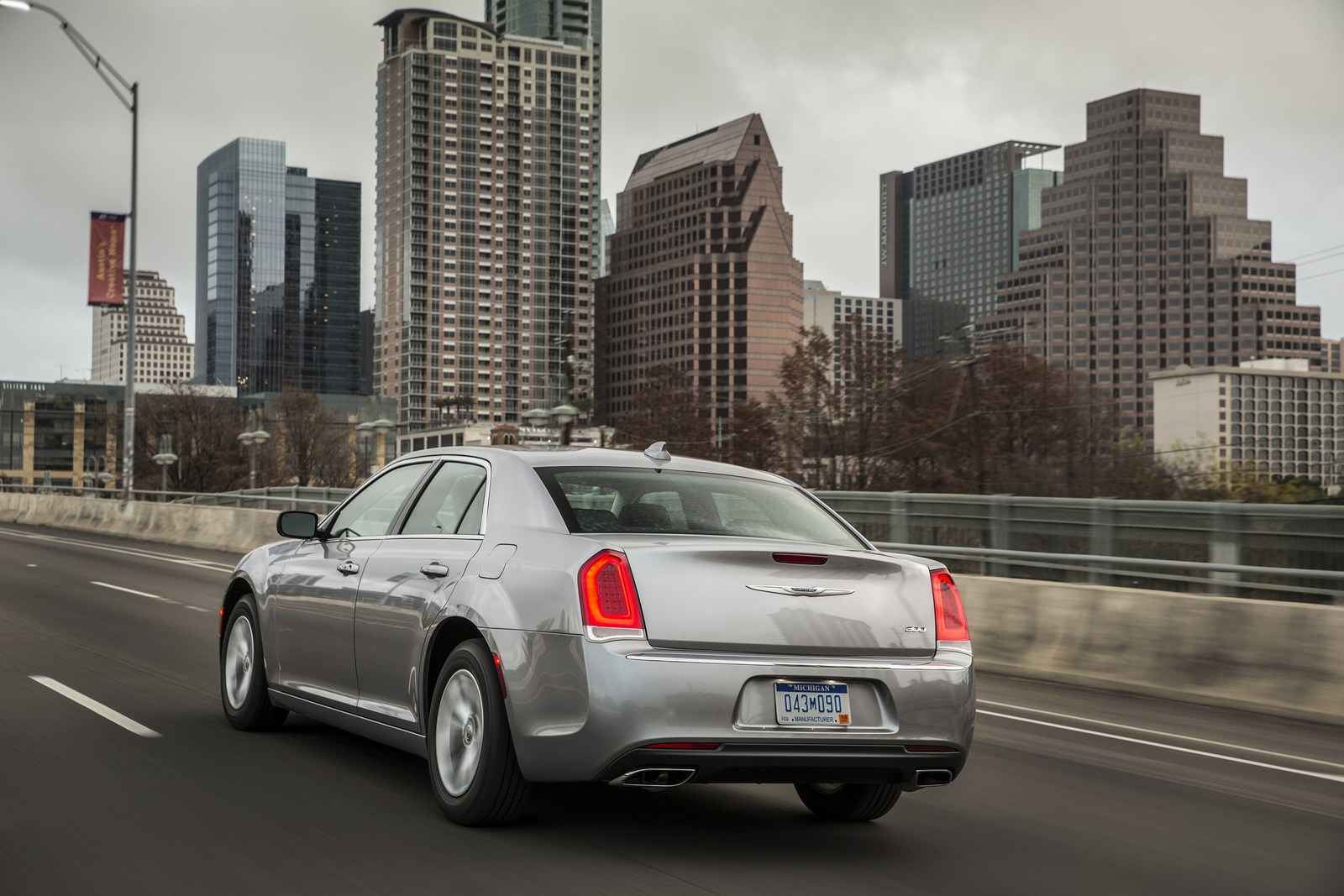 Consumer Reports Names The Chrysler 300 A Recommended Vehicle Following Software Update | Carscoops
