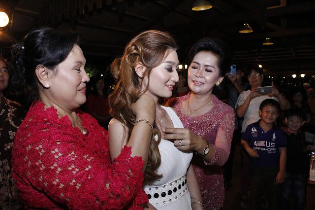 HP. 0856-9696-8672; Jasa Foto dan Video Shooting Semarang ~Lamaran Anton & Elfira di Kampung Laut, Ambarawa~