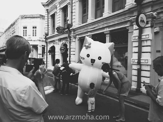 hello kitty, belon hello kitty, gambar black and white, gambar cantik,