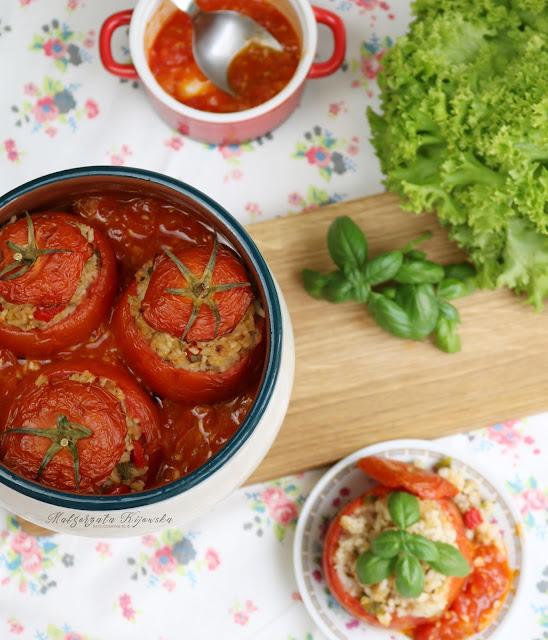 ryż zapiekany w pomidorach, bezmięsny obiad, co na obiad dla wegana?
