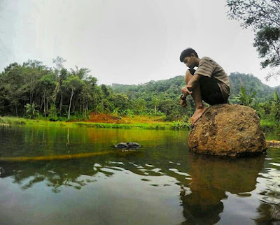 Situ Cihayam Hideung, Surga Tersembunyi di Desa Jingkang