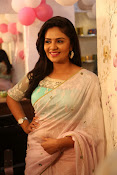 Srimukhi at Manvis launch event-thumbnail-22