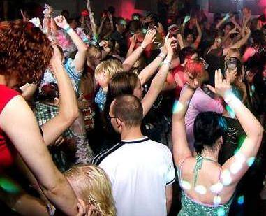Tips Menghadiri Rave Party