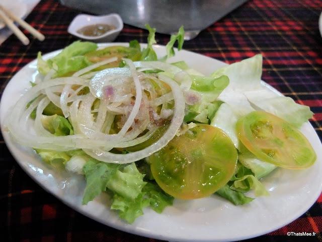 resto bbq bo tung xeo ho chi minh ville city saigon vietnam salade tomates