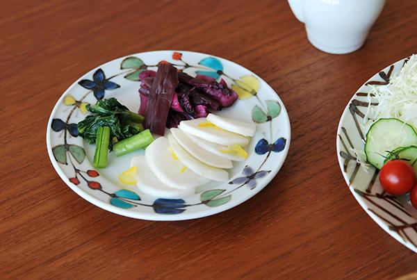 色絵花繋ぎ 5寸皿
