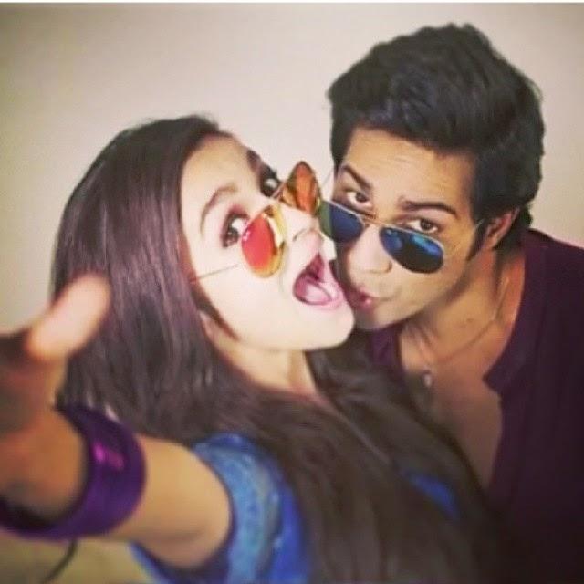 howsss dis.!! hskd lovers great picture so cute both face . @aliaabhatt  @varundvn  alia bhatt , varun d v n , soc ute , s sk d ,  hamp ty ,.sharma.ki.dulhaniya cuteness , smile like , like4like ,, Alia Bhatt Hot Pics With Co-stars