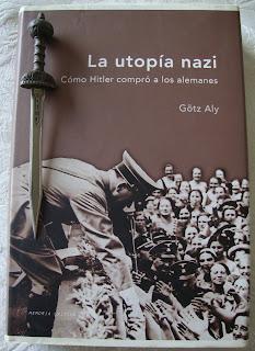 Portada del libro La utopía nazi, de Götz Aly