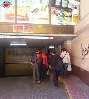 Entrando a la Cueva Urbana de Tarragona