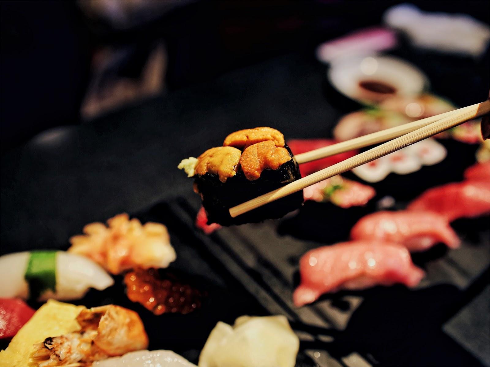 uni, sea urchin, sushi, sushi, zanmai