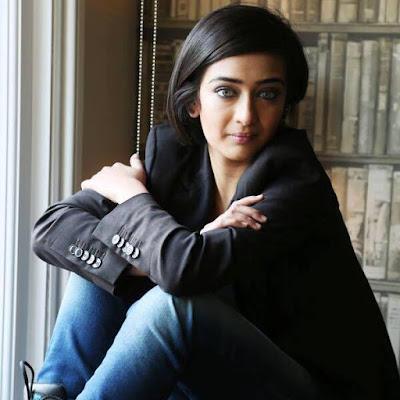 Kollywood actress Akshara Haasan  IMAGES, GIF, ANIMATED GIF, WALLPAPER, STICKER FOR WHATSAPP & FACEBOOK