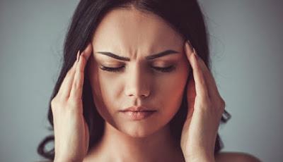 sehingga sering dianggap sebagai kepingan dari kehidupan sehari Dua Tanda Sakit Kepala Berbahaya dan Mematikan