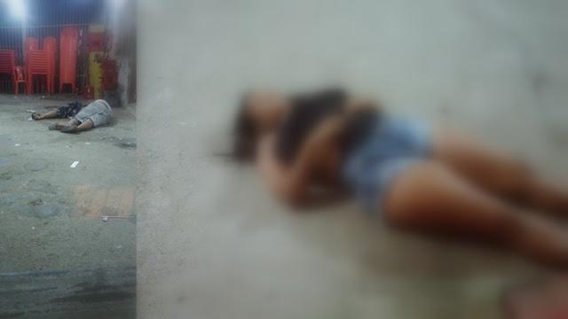 nselmo Santos, 27 anos, Allane Souza de Assis, 28 anos, e Bárbara Santos Nunes, 18 anos, foram assassinados a tiros dentro de um bar no Bairro 17 de Março, na Zona de Expansão de Aracaju por volta da meia-noite desta segunda-feira (4).  Segundo informações passadas pela Secretaria de Segurança Pública (SSP), dois homens chegaram ao local do crime em uma motocicleta e atiram em cinco pessoas, três morreram dentro do bar e outras duas ficaram feridas.  As vítimas, um homem e uma mulher, foram socorridas e encaminhadas à Unidade de Pronto Atendimento (UPA) Fernando Franco, no Bairro Farolândia. O estado de saúde delas não foi informado.  Ainda segunda a polícia, o Centro Integrado de Operações de Segurança Pública (Ciosp) foi acionado às 0h29. No local foram feitas buscas, mas ninguém foi localizado. A motivação do crime ainda é desconhecida, mas quem tiver alguma informação sobre o crime pode ligar para o disque-denúncia pelos números 181 e 190.