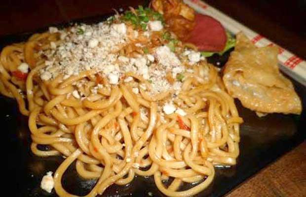Makanan-makanan Ini Cocok Bagi Penggemar Kuliner Pedas di Surabaya