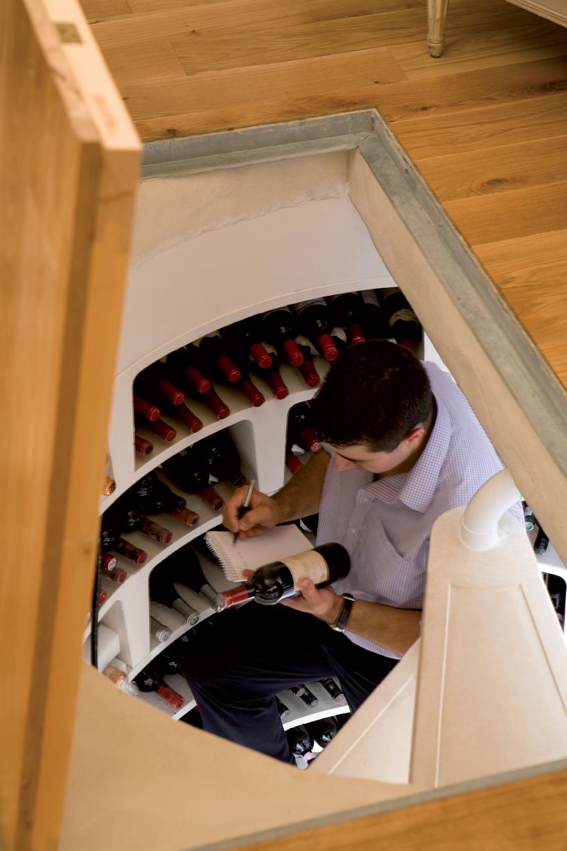 plus riche et independant investir dans une cave vin enterr e. Black Bedroom Furniture Sets. Home Design Ideas