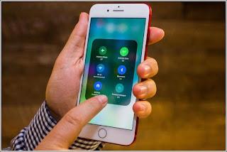 Setelah lama mengalami penelitian dan uji coba, kini Apple iOS11 akhirnya resmi dirilis, dengan penampilan elegan, keren dan berkemampuan augmented, sempurna dengan aplikasi kamera lebih baik dari produk sebelumnya.