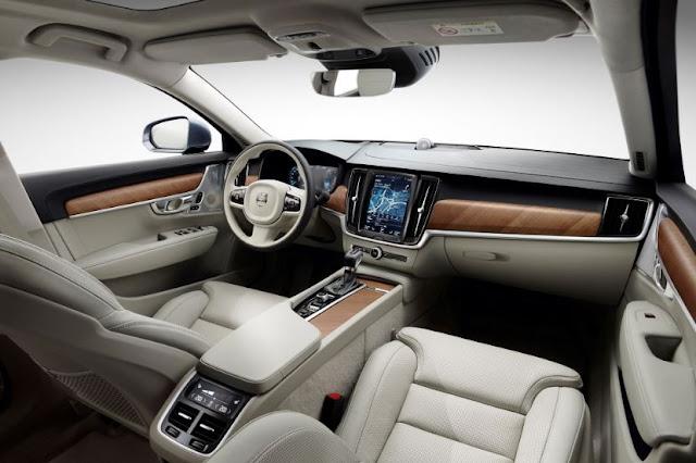 2017 Volvo S90 T6 AWD Interior