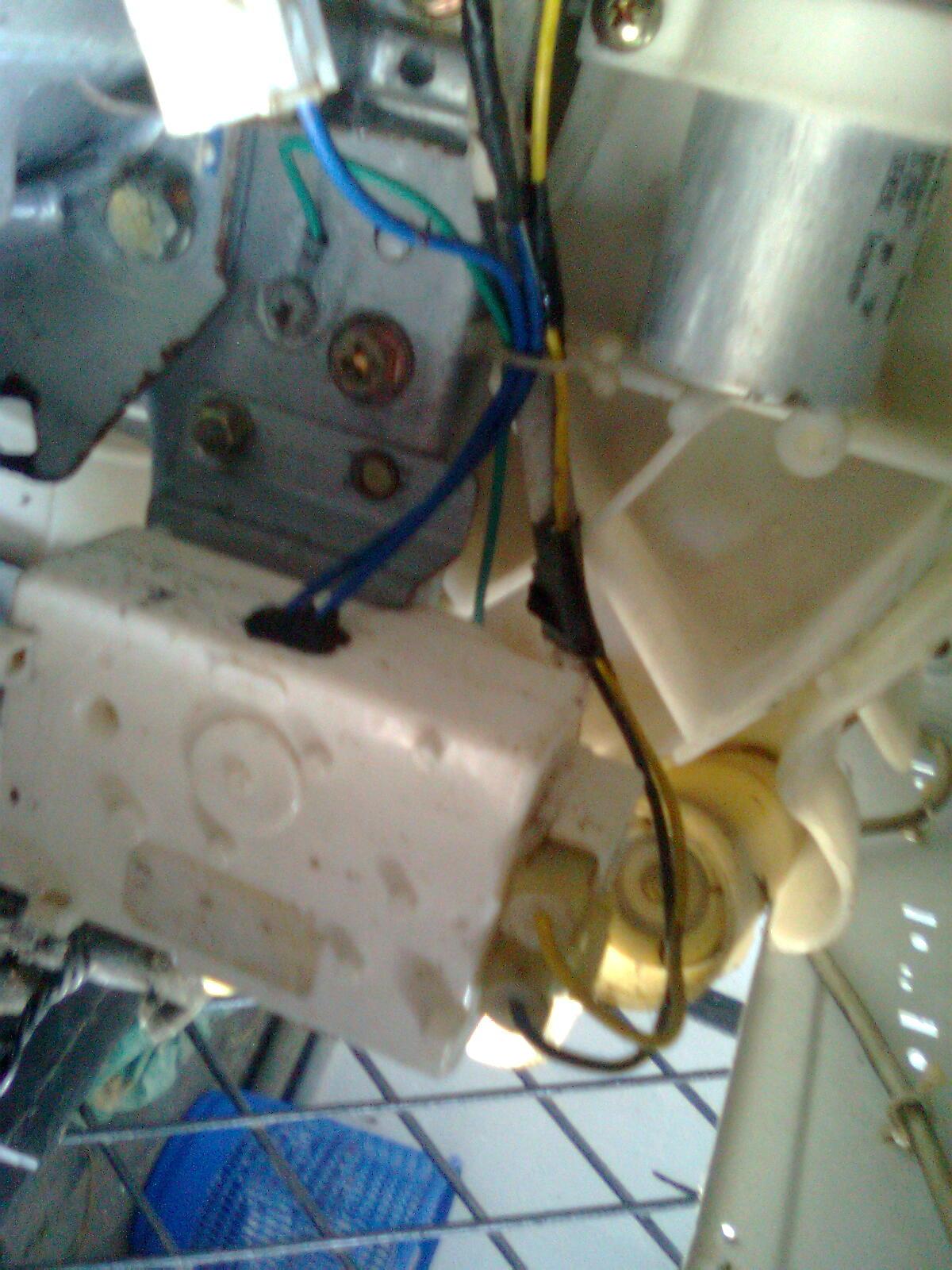 kochi ernakulam washing machine semi topload fully automatic lg samsung onida tcl gem singer hitachi whilpool [ 1200 x 1600 Pixel ]
