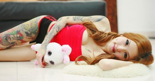 """Galleri Foto Kinki """" Hot Baby """" Rajah Tattoo Paling Seksi Asal Malaysia"""