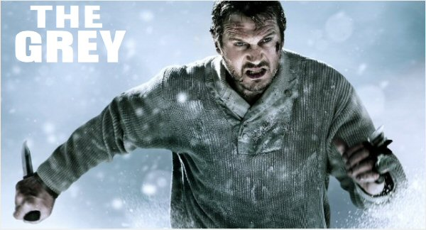 The Grey - Ottaway runs in snow with knife in hand