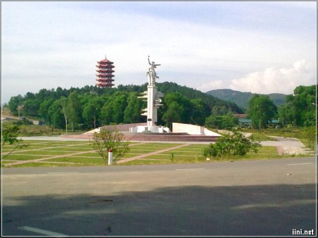 Khu di tích Ngã Ba Đồng Lộc - Nghệ An