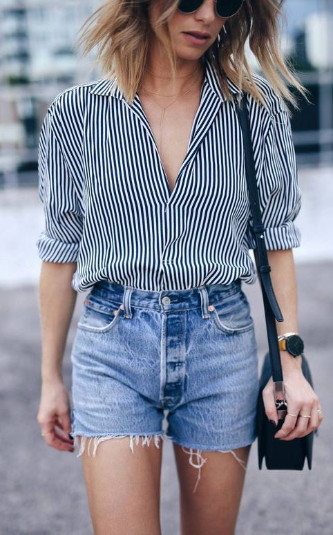 casual style obsession / stripped shirt + black bag + denim shorts