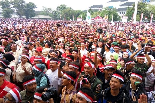 Hasil gambar untuk rakyat indonesia