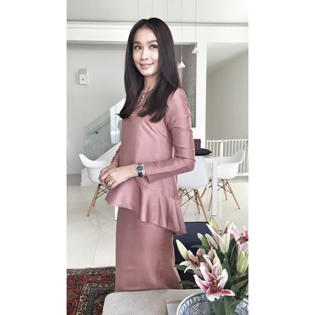 Design Baju Raya Artis : Proud sewist kurung ruffle inspire scha alyahya