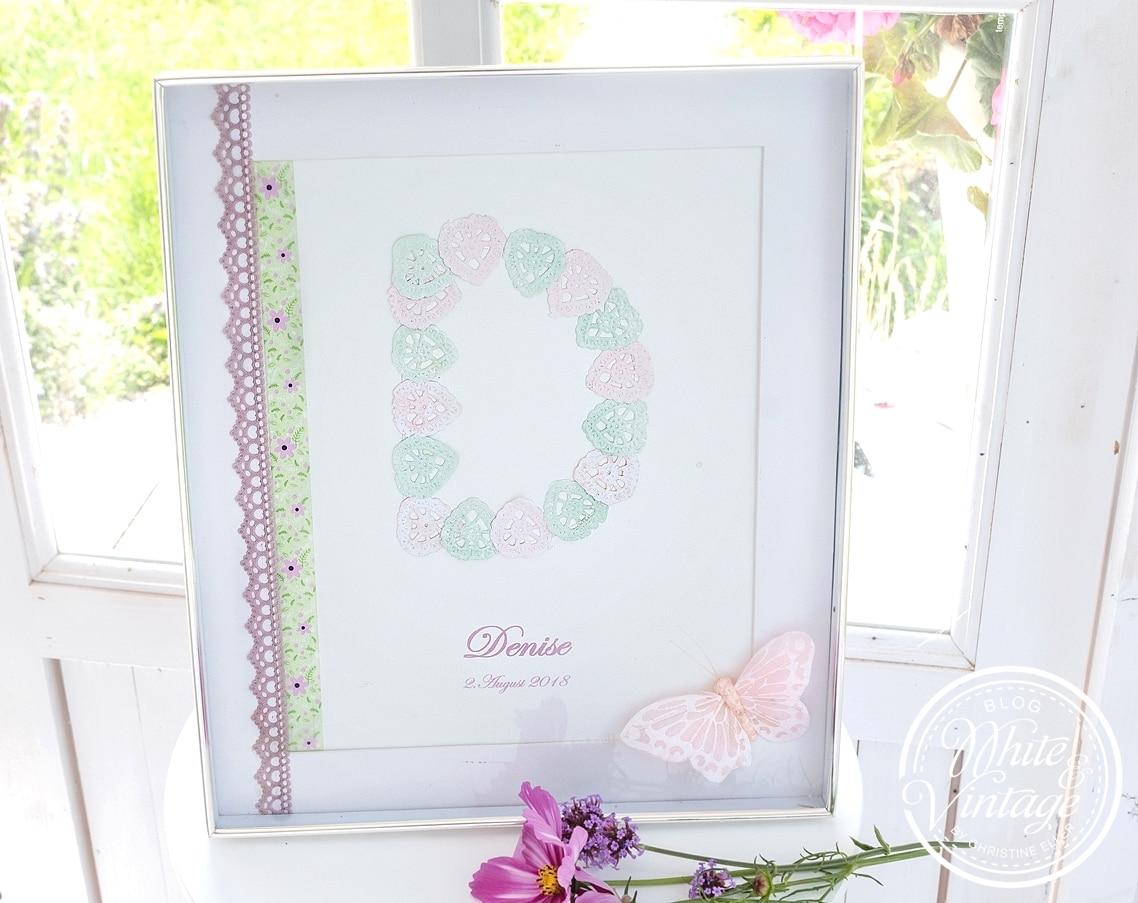 Baby-Bilderrahmen zur Geburt oder Taufe eines Babys.