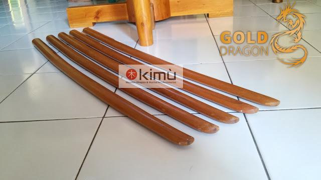 KIMU Collections: Gold Dragon Bokken (Pedang Kayu)