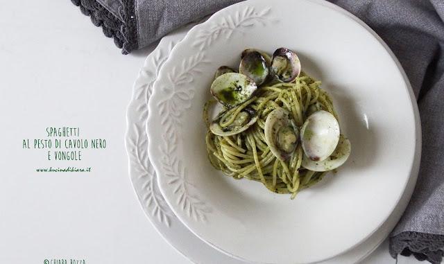 Spaghetti al pesto di cavolo nero e vongole