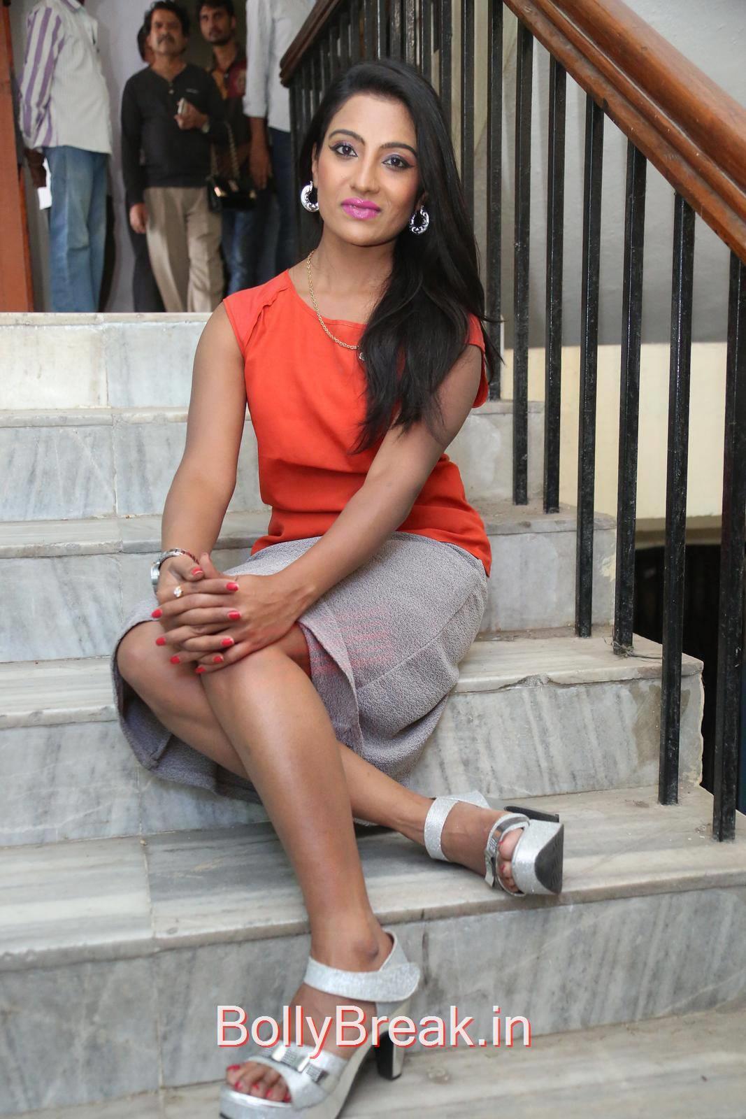 Mamatha Rahuth Photo Gallery, Mamatha Rahuth Hot Pics from National Silk Expo Launch