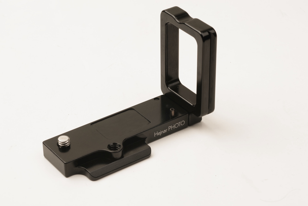Hejnar Photo X-T1 L bracket front-view