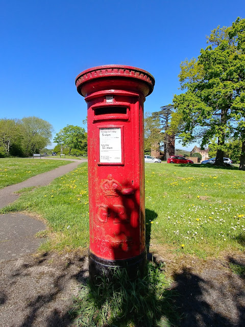 Photograph of Pillar box GR at the junction of Swanley Bar Lane and Hawkshead Road, Little Heath Image from the North Mymms History Project released under Creative Commons