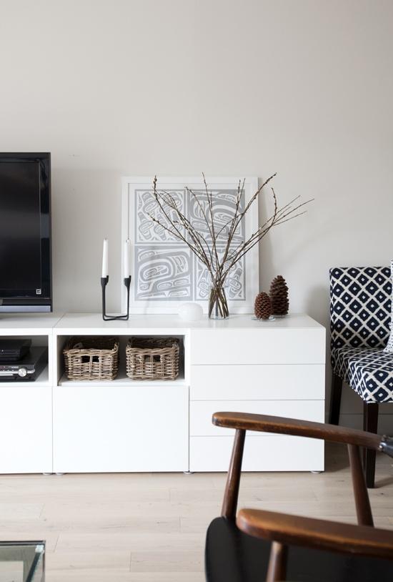 lilla hanna i stora v rlden tv b nk. Black Bedroom Furniture Sets. Home Design Ideas