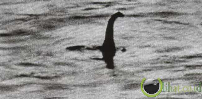 Loch Ness (1934)